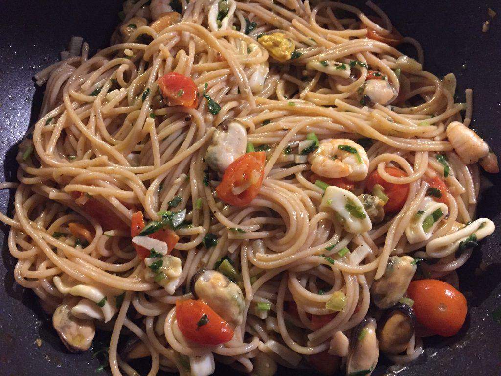 Seafood With Whole Wheat Pasta Spaghetti Marinara Culinae Mundi